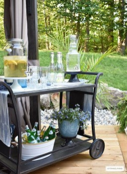 Awesome Outdoor Mini Bar Design Ideas You Must Have For Small Party09
