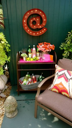 Awesome Outdoor Mini Bar Design Ideas You Must Have For Small Party18
