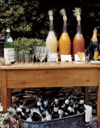 Awesome Outdoor Mini Bar Design Ideas You Must Have For Small Party30