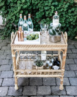 Awesome Outdoor Mini Bar Design Ideas You Must Have For Small Party35