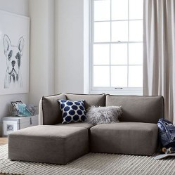 Beautiful Sofa Ideas For Your Small Living Room27