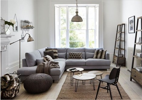 Beautiful Sofa Ideas For Your Small Living Room38
