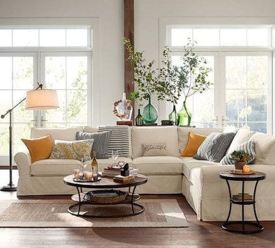 Beautiful Sofa Ideas For Your Small Living Room45