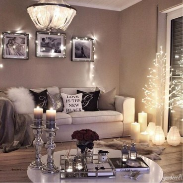 Best Christmas Living Room Decoration Ideas For Your Home29