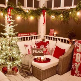 Best Christmas Living Room Decoration Ideas For Your Home39