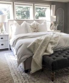 Cozy Bedroom Design Ideas To Make Your Sleep More Comfortable21