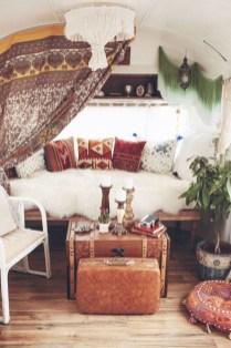 Elegant Airstream Decorating Ideas For Comfortable Holidays Trip13