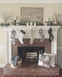 Marvelous Rustic Christmas Fireplace Mantel Decorating Ideas05