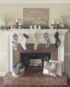 Marvelous Rustic Christmas Fireplace Mantel Decorating Ideas05