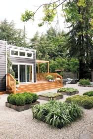 Minimalist Creative Garden Ideas To Enhance Your Small House Beautiful13