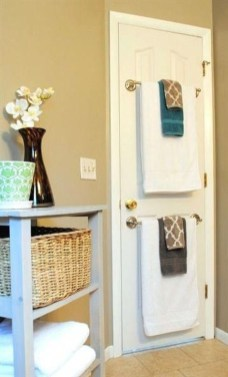 Tricks You Need To Know When Organizing A Simple Bathroom44