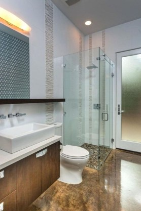 Amazing Small Glass Shower Design Ideas For Relaxing Space06