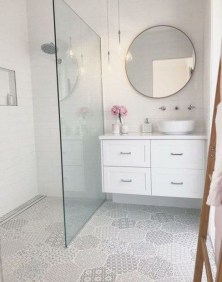 Amazing Small Glass Shower Design Ideas For Relaxing Space31