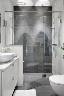 Best Gray And White Bathroom Ideas For05