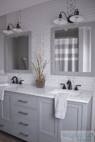Best Gray And White Bathroom Ideas For19