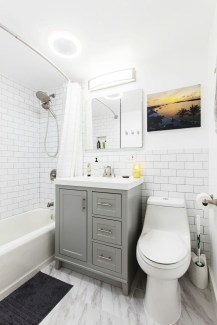 Best Gray And White Bathroom Ideas For28