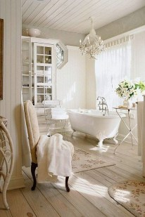 Charming French Country Bathroom Design And Decor Ideas On A Budget13