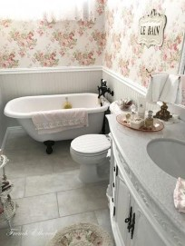Charming French Country Bathroom Design And Decor Ideas On A Budget20
