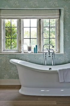 Charming French Country Bathroom Design And Decor Ideas On A Budget25