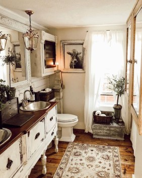 Charming French Country Bathroom Design And Decor Ideas On A Budget27