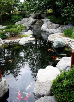 Fabulous Fish Pond Design Ideas For Your Home Yard37