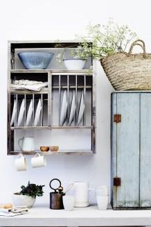 Lovely Kitchen Rack Design Ideas For Smart Mother41
