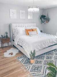 Make Your Bedroom Cozy With Neutral Bedroom Decorations03