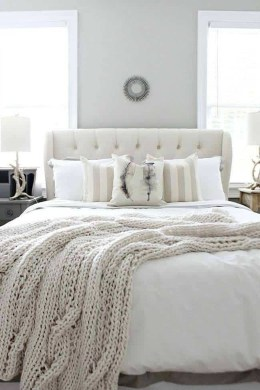 Make Your Bedroom Cozy With Neutral Bedroom Decorations26