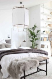 Make Your Bedroom Cozy With Neutral Bedroom Decorations32