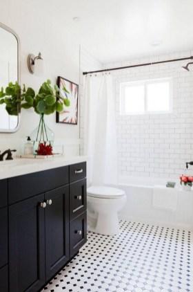 Simple Bathroom Accessories You Can Copy25