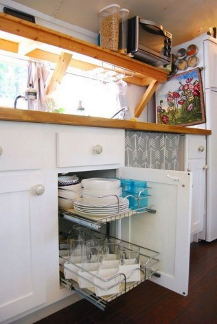 Simple Rv Camper Storage Design Ideas For Your Travel38
