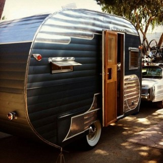 Unique Vintage Camper Exterior Ideas For More Impression25