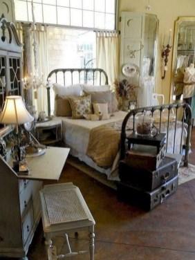 Vintage Nist Bedroom Decoration Ideas That Look More Beautiful24