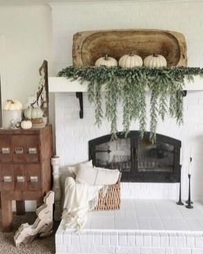 Wonderful Farmhouse Decor Ideas With Beautiful Greenery08