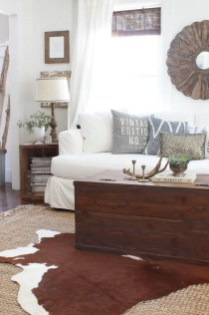 Wonderful Living Room Rug Layering Combination For Sweet Home12