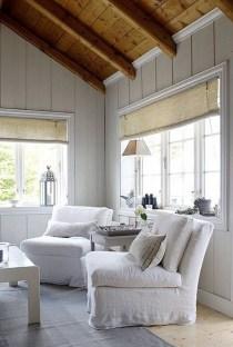 Attractive Lake House Living Room Decor Ideas01