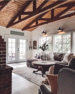 Attractive Lake House Living Room Decor Ideas10