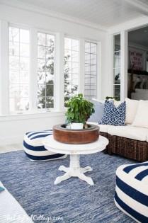 Attractive Lake House Living Room Decor Ideas13