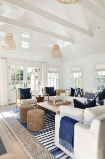 Attractive Lake House Living Room Decor Ideas14