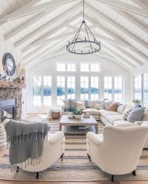 Attractive Lake House Living Room Decor Ideas20