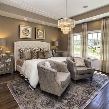 Comfy Master Bedroom Design Ideas32