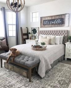 Comfy Master Bedroom Design Ideas36
