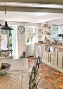 Cool French Country Kitchen Decorating Ideas10