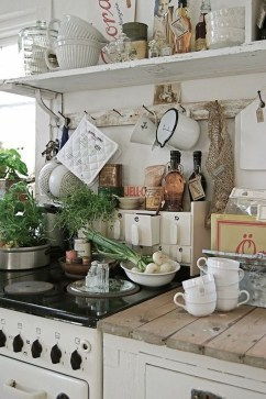 Cool French Country Kitchen Decorating Ideas26