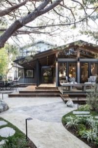 Creative Lake House Exterior Designs Ideas14