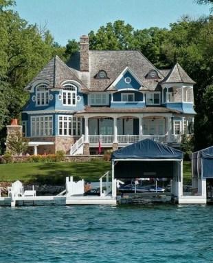 Creative Lake House Exterior Designs Ideas25