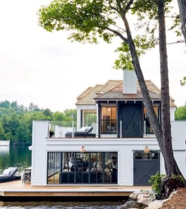 Creative Lake House Exterior Designs Ideas40