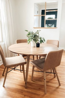 Elegant Small Dining Room Decorating Ideas24