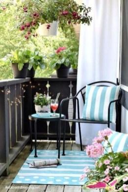 Enjoying Summer Balcony Decor Ideas45