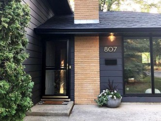 Incredible Homes Decorating Ideas With Black Exteriors04